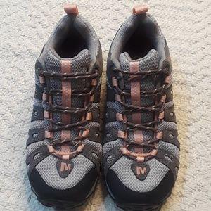 Merell Dark Gull Grey Outdoor Shoe / Size 6 1/2